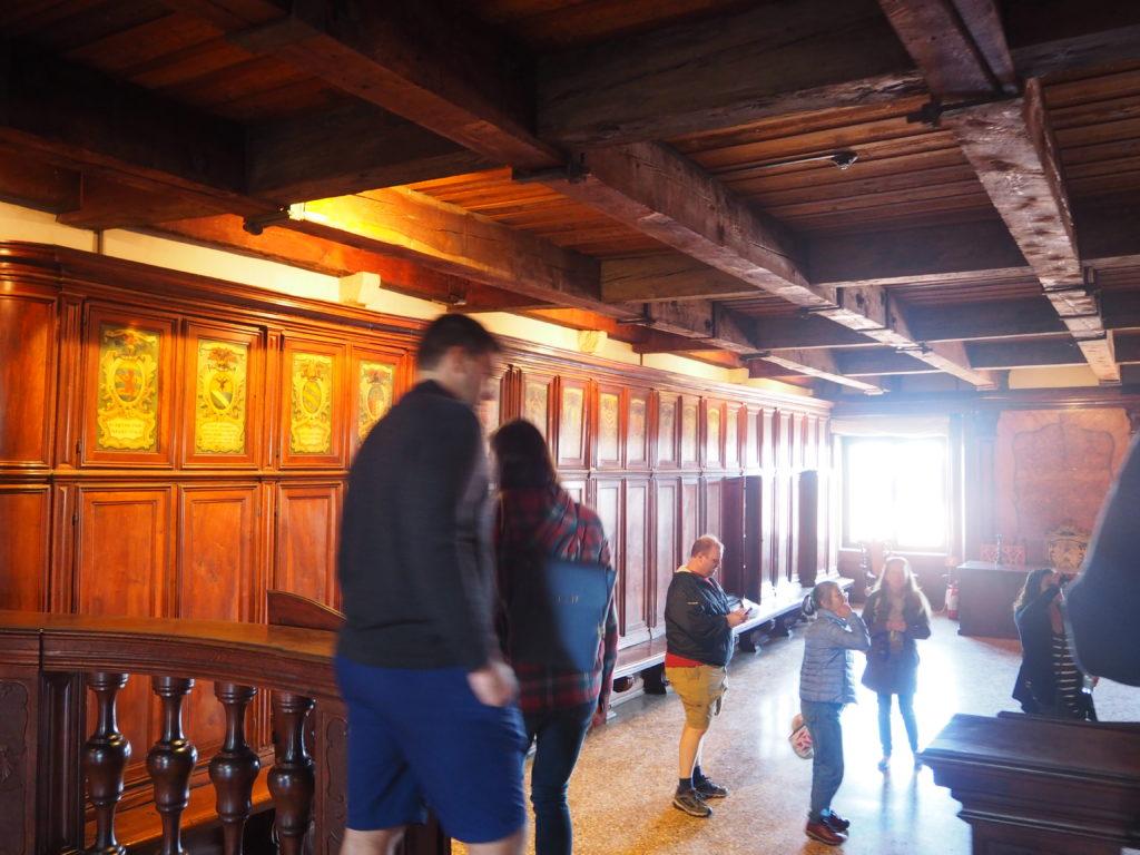ドゥカーレ宮殿のシークレットツアーで見た質素な執務室、執務長官の部屋(Higher Chancellery)