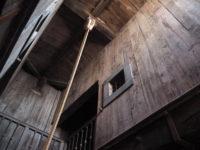 ドゥカーレ宮殿のシークレットツアーで見られる拷問部屋の牢獄へ繋がる窓