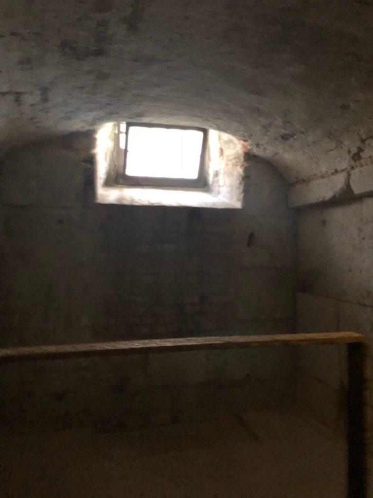 ドゥカーレ宮殿のシークレットツアーで見た、地上階の牢獄