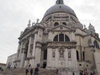 サンタ・マリア・デッラ・サルーテ教会(Basilica di Santa Maria della Salute)の外観