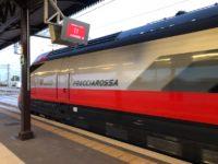 トレニタリア(Trenitalia)のFrecciarossa(フレッチャロッサ)と呼ばれる特急列車