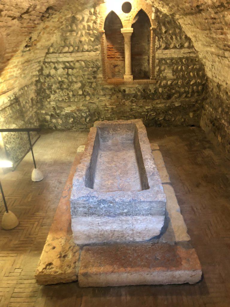 ジュリエットの墓(Tomba di Giulietta)