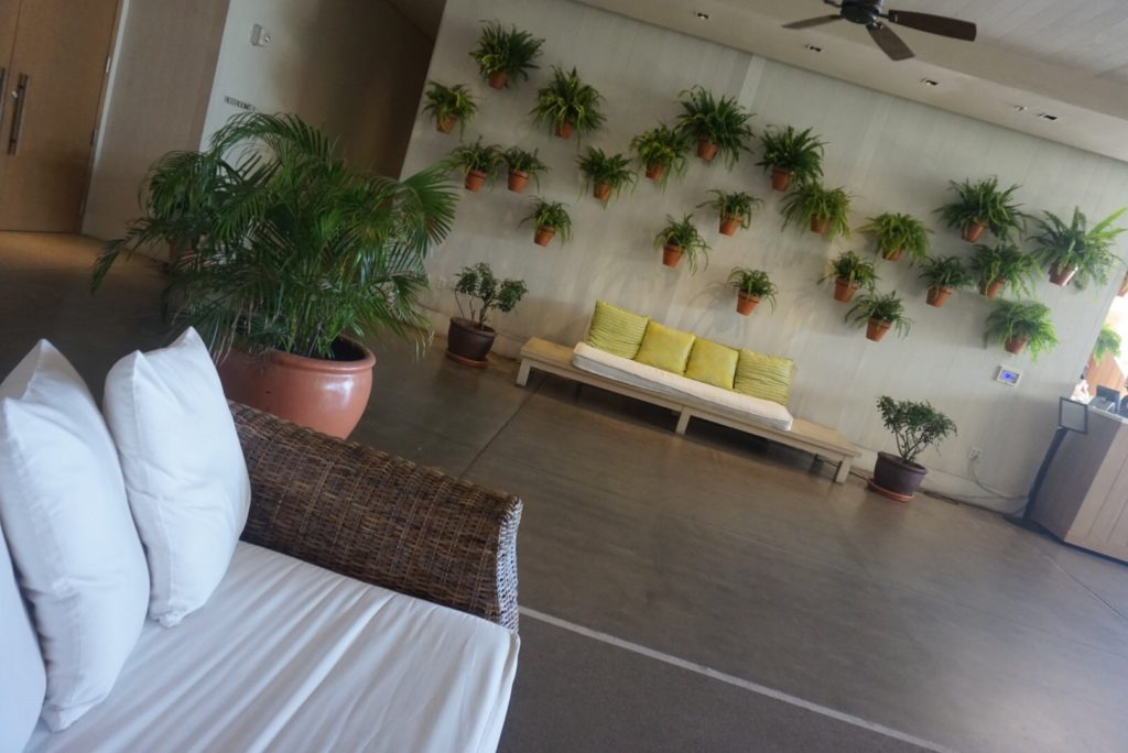 ハワイのホテル、The Modern Honolulu(ザ モダン ホノルル)のエントランス