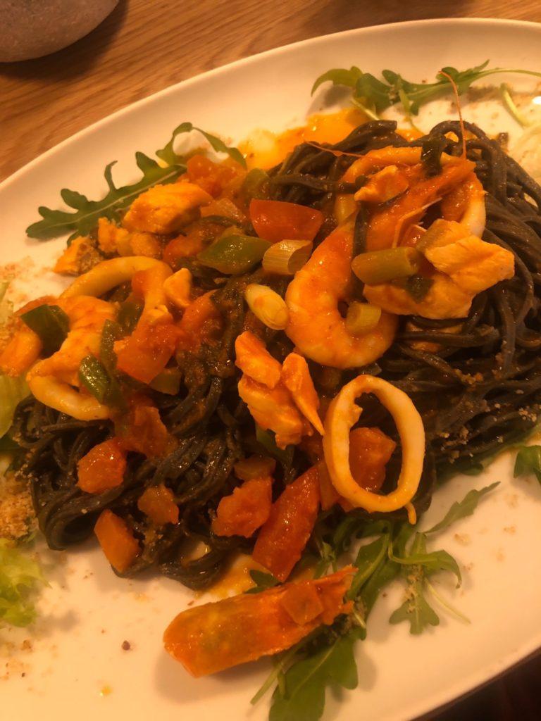 デュッセルドルフのイタリアレストラン、L'animaのマリナーラパスタ