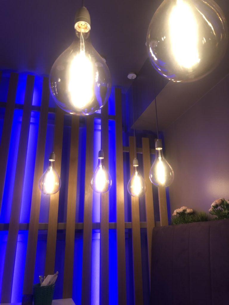 デュッセルドルフのベトナム料理店、Quintooo店内の様子