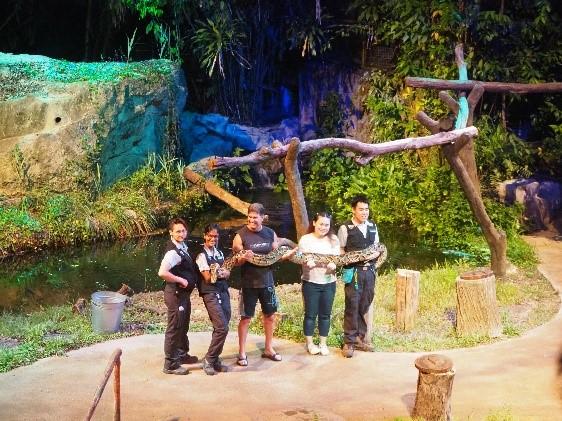 シンガポールのナイトサファリのクリチャー・オブ・ザ・ナイトショー(Creatures of the Night Show)