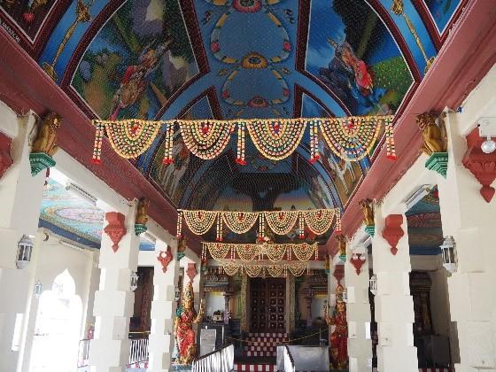 シンガポールのチャイナタウンにある、スリ・マリアマン寺院(Sri Mariamman Temple)