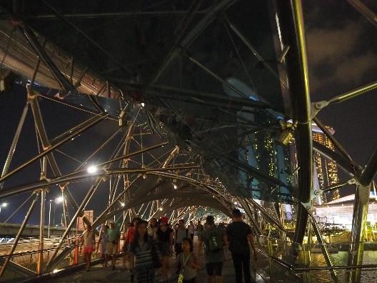 シンガポールのヘリックス・ブリッジ