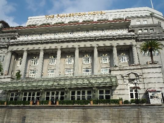 シンガポールのリバークルーズから見たコロニアル建築